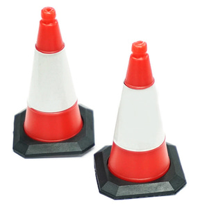 [YA-0543] 1/10 Scale Traffic Cone Accessory 4pcs